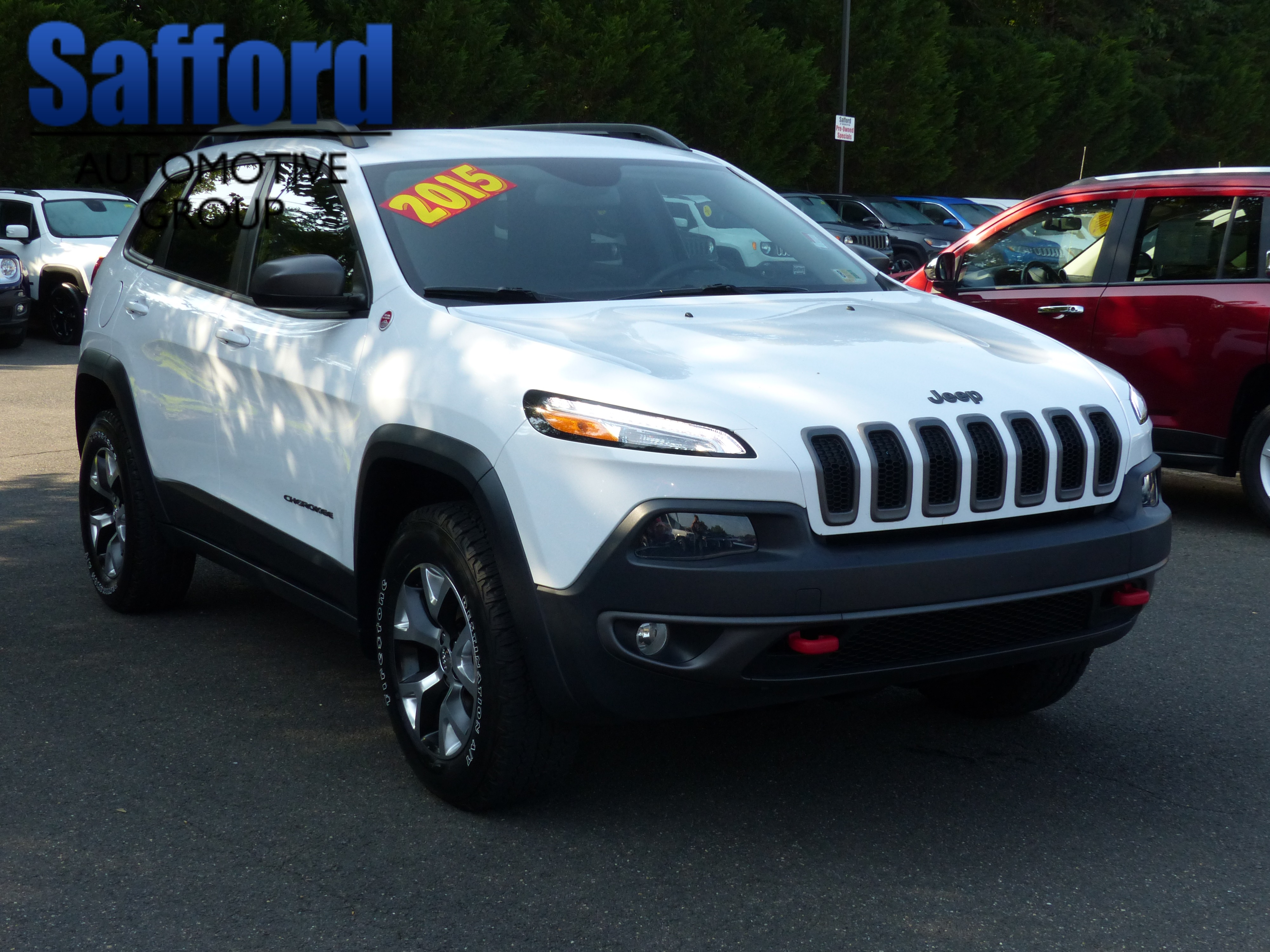Pre Owned 2015 Jeep Cherokee Trailhawk