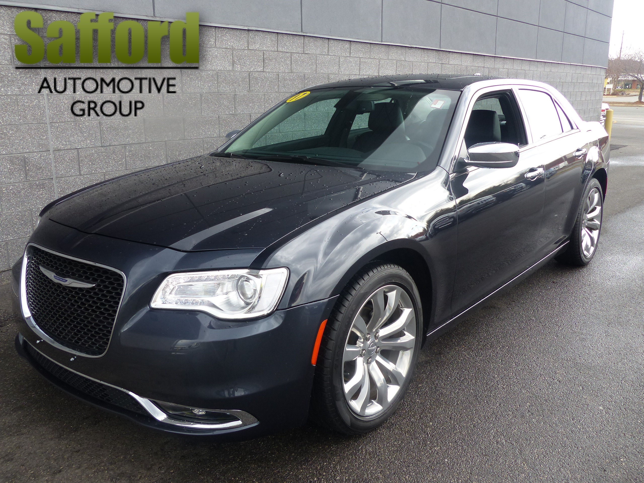 Pre Owned 2017 Chrysler 300 300c 4dr Car In Springfield
